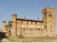 Castillo de Can Feu( Sabadell,  Barcelona ).Este Castillo se empezó a construir en el año 1816 debido a una apuesta entre sus primos a ver quien construía el castillo más bonito. Joseph Nicolau Olzima lo construyó  sobre los restos de una vieja masía ya documentada en el año 1055.