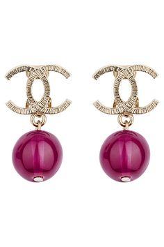 ana moda ana: Chanel accessories