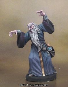 Reaper Miniatures :: Miniatures / old male wizard caster