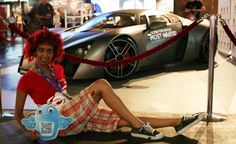 Pinups...with the Need for Speed car, no less ;)