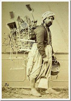 Mangal, ızgara , maşa , kül küreği vs. satıcısı...Street vendor, Turkey.