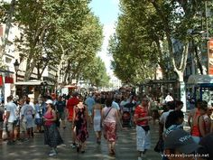 Un paseo en las Ramblas...the very heart of Barcelona.