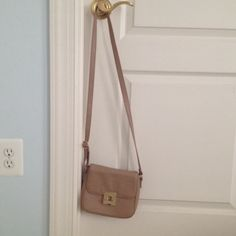 Tan Crossbody Bag It has only been used three to four times. Forever 21 Bags Crossbody Bags