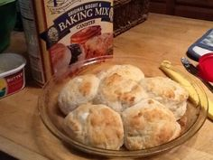 My take on the 7 Up biscuits: Used 2 cups Pioneer Baking mix, Greek yogurt, cup Sprite, and 2 Tbls melted butter. Quick Biscuits, Healthy Food, Healthy Recipes, Muffin Bread, Bread Food, Biscuit Recipe, Bread Rolls, Fun Cooking, Dinner Rolls