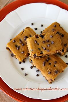 Skinny Pumpkin Bars! perfect mix of pumpkin and chocolate! by whatscookingwithruthie.com #recipes #pumpkin #dessert