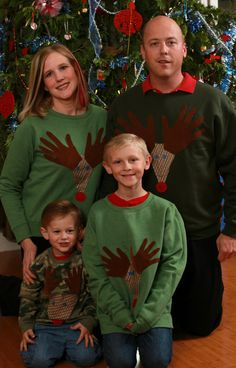 DIY reindeer sweater project for the whole family. Taking an awkward family portrait is obviously a must after this craft, it's half the fun!