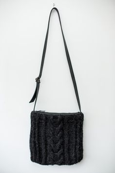 Hand Knit Cable Cross Body Bag / Grey Brown Alpaca by Imunde