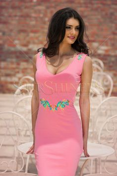 StarShinerS Embroidered Wisely Rosa Dress Tropical Fashion, Baptism Dress, Daily Dress, Bohemian Look, Dress Cuts, Embroidery Dress, Fall Wardrobe, Clothing Items, Trendy Outfits
