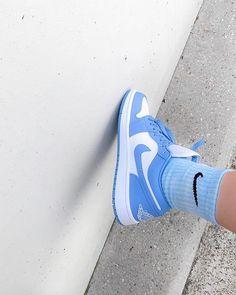 Cute Sneakers, Shoes Sneakers, Tumblr Sneakers, Denim Shoes, Jordan Shoes, Air Jordan, Jordan 1 Low, Aesthetic Shoes, Baby Blue Aesthetic
