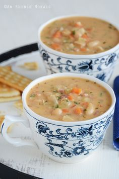 Bean Chowder White Bean Chowder Recipe (Hearty and Satisfying!)White Bean Chowder Recipe (Hearty and Satisfying! Bean Soup Recipes, Chowder Recipes, Vegetarian Recipes, Cooking Recipes, Healthy Recipes, White Bean Recipes, Chowder Soup, Recipes With Navy Beans, Recipe For Ham And Bean Soup