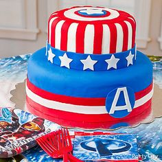 An awesome Avengers birthday cake to get the kids feeling super! Click for this & more in our Avengers birthday party ideas guide.