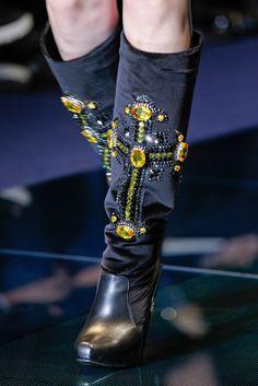 FALL 2012 READY TO WEAR Versace