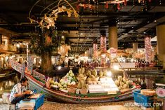 Bangkok is a great city for shopping with its many great shopping centers and markets. Here are the best places to go shopping in Bangkok! Bangkok Travel Guide, Thailand Travel, Shopping Malls, Go Shopping, Great Places, Places To Go, Shopping Center, The Good Place