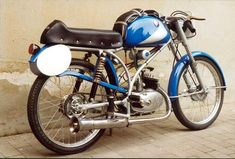 """Maserati bike: Designated the 50/TT/SS, it was reportedly better known by its nickname, the """"Rospo"""" or Toad. Description from pinterest.com. I searched for this on bing.com/images"""