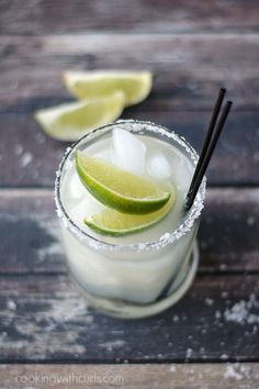 Classic Margarita on the rocks   cookingwithcurls.com