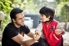 "Emraan Hashmi releases ""The Kiss Of Life"" book, Hindi, Marathi versions in June"