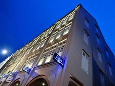 Bliss Hotel Singapore 382/nt
