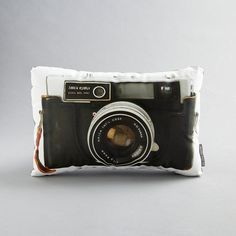 Photography isa verypersonal form of art, especially when it's   given as a gift. Today's post?Ideas forhandmade photo crafts...