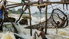Wagenia Fishermen. Photo:  Pascal Maitre.