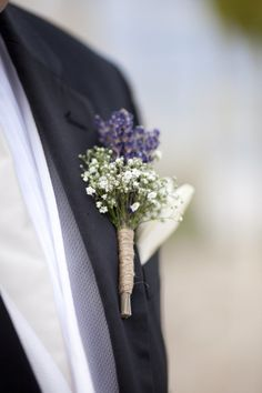 love the lavender and babys breath!