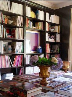 art in bookshelf nook