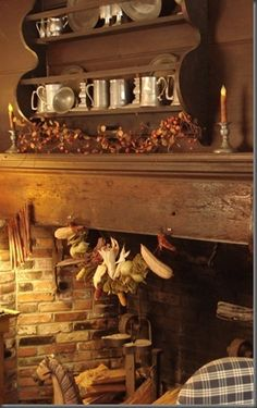 ah.. to have an old fashioned fireplace like this to decorate and use!