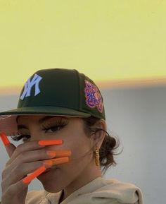 Custom Fitted Hats, Custom Hats, Fitted Caps, Swag Girl Style, Girl Swag, Streetwear Hats, Streetwear Fashion, Yoga Headband, Black Girl Aesthetic