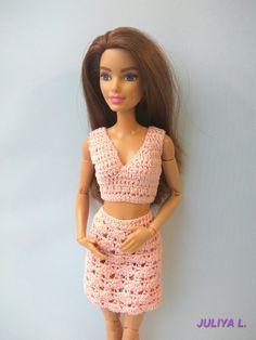 PDF Doll Pattern Crochet Blouse and Skirt for Barbie-type dolls Crotchet Dress, Crochet Blouse, Crochet Top, Crochet Barbie Clothes, Blouse And Skirt, Barbie World, Crochet Patterns, Two Piece Skirt Set, Skirts