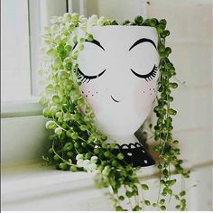 Trendy indoor succulent planter string of pearls 57 Ideas Garden Crafts, Garden Projects, Garden Art, Garden Ideas, Succulents Garden, Planting Flowers, Succulent Pots, Potted Flowers, Decoration Plante
