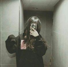 aesthetic girl mask aesthetic girl Korean girl with face maskmask aesthetic girl mask aesthetic girl Korean girl with face mask Ulzzang Korean Girl, Cute Korean Girl, Ulzzang Couple, Asian Girl, Korean Aesthetic, Aesthetic Girl, Grunge Style, Soft Grunge, Ulzzang Fashion