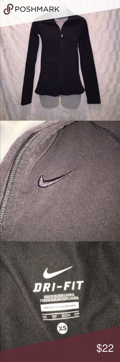 Nike Women's Full Zip Jacket This jacket has been worn but is in excellent condition. Great for working out or everyday wear. Size X-Small. Nike Jackets & Coats