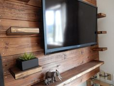 こんにちは! おとんメディア編集長のariko(@otonmediariko)です DIYで壁掛けテレビに挑戦… Diy Garage Storage, Tv Unit, Entertainment Center, Wall Shelves, Diy Furniture, Diy And Crafts, Cool Designs, Wood, House