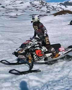 Adam Renhiem tossin' the toboggan around 👌🏼😲 Kawasaki Motorcycles, Triumph Motorcycles, Custom Motorcycles, Dirt Bike Girl, Girl Motorcycle, Motorcycle Quotes, Cool Dirt Bikes, Big Girl Toys, Snow Machine
