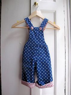 Whipstitch overmost baby dungarees pattern -- cute! !