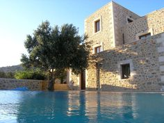 Rethymnon traditional stone villas for short term rent, three (3) stone built villas of traditional architecture offering peaceful and comfortable stay with magnificent views towards the Libyan Sea have now come up for the short term rent…