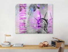 Discover «Statue of Liberty», Numbered Edition Canvas Print by Andrea Haase - From 45€ - Curioos