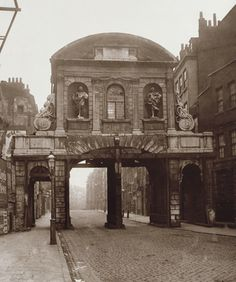 Temple Bar, London, 1878 - Temple Bar, London - Wikipedia, the free encyclopedia