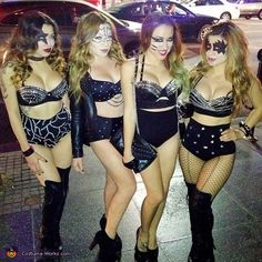 Kiss - Homemade costumes for groups. I LOVEEEEE KISS!!! Omg this is awesome!