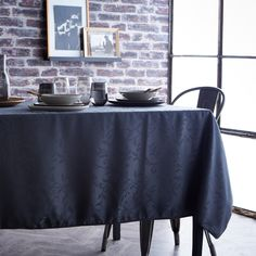 Nappe ronde polyester jacquard damassé feuilles FEUILLAGE Today