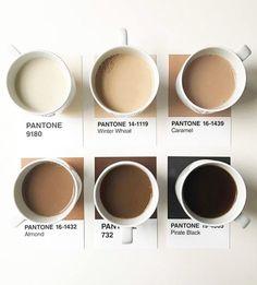 Hora de despertar! #bomdia #pantone #amanhecer #horadocafé #tons #cafécomleite #marrons #beges #caramelo #brown #offwhite #beige #caramel #almond #flavors #coffeecups #coffeemugs #coffeelovers #cheirinhobom #cores #paleta #tonsneutros #tonsurton #acordandocedo @tom.lowe