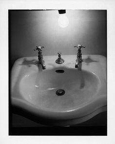Third floor gallery inspiration at Erastudio Apartment-Gallery.  #erastudioapartmentgallery #erastudio #gallery #design #collectibledesign #designgallery #art #milan #Italy #breradesigndistrict #places #placetobe #igersmilan #ambience #italiandesign #architecturaldesign #vintage #washbasin #bathroom #blackandwhite #details #inspiration