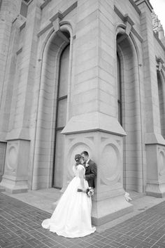 Utah Wedding Photographer, Veronica Benson Photography, Salt Lake Temple, wedding dress, black and white wedding pictures