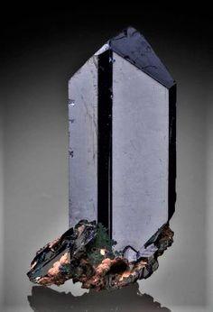 Azurite Minerals And Gemstones, Crystals Minerals, Rocks And Minerals, Stones And Crystals, Gem Stones, Mineral Stone, Diamond Quartz, Quartz Stone, Crystals