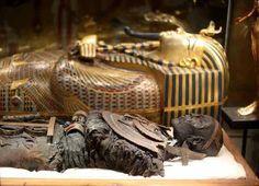 The mummy and the sarcophagus of king Tutankhamun, Egyptian museum, Cairo