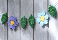 Make gardens and balconies festive using ironing beads, bead plates and Anna's template for flowers and leaves. Hang the colourful bead figures on a. Hama Beads Design, Hama Beads Patterns, Beading Patterns, Adult Crafts, Crafts For Kids, Bead Crafts, Diy Crafts, Art Perle, 3d Perler Bead