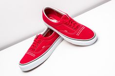4decdfba8023f8 UNDERCOVER teamed up with Vans Vault to rework the iconic Era. Peep this  vibrant red