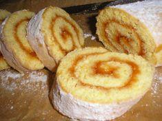 Ízes piskóta rolád - sütnijó! – Kipróbált sütemény receptek Baking And Pastry, Onion Rings, Apple Pie, Doughnut, Tart, Food And Drink, Rolls, Bread, Cookies