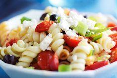 Salade de pâtes à la grecque... - Recettes - Recettes simples et géniales! - Ma Fourchette - Délicieuses recettes de cuisine, astuces culinaires et plus encore!