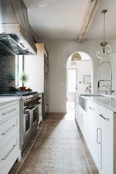 And finally, one of our favorite looks is v intage runner in the kitchen like at #sweetrepeatclient !