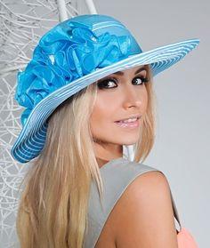 Hats For Women, Snapback, Fashion, Moda, Fashion Styles, Fashion Illustrations, Baseball Cap, Baseball Hat